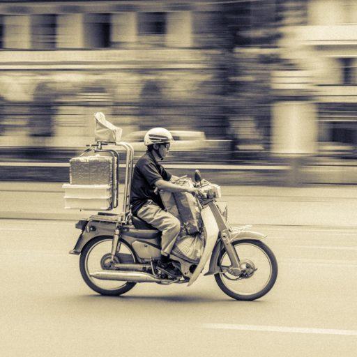 action-adult-bike-417005